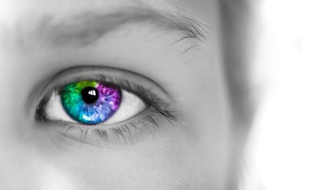 barevné oko.jpg