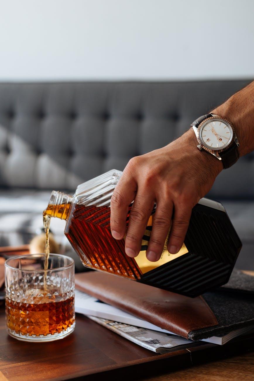 whiskey v lahvi